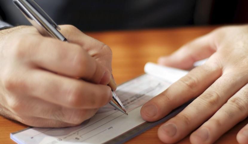 DIVORZIO, VIA LIBERA ALLA REVISIONE ASSEGNI DI MANTENIMENTO?